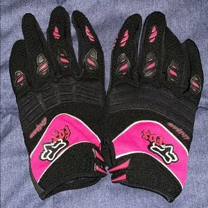 Fox gloves for women. Size small cute.